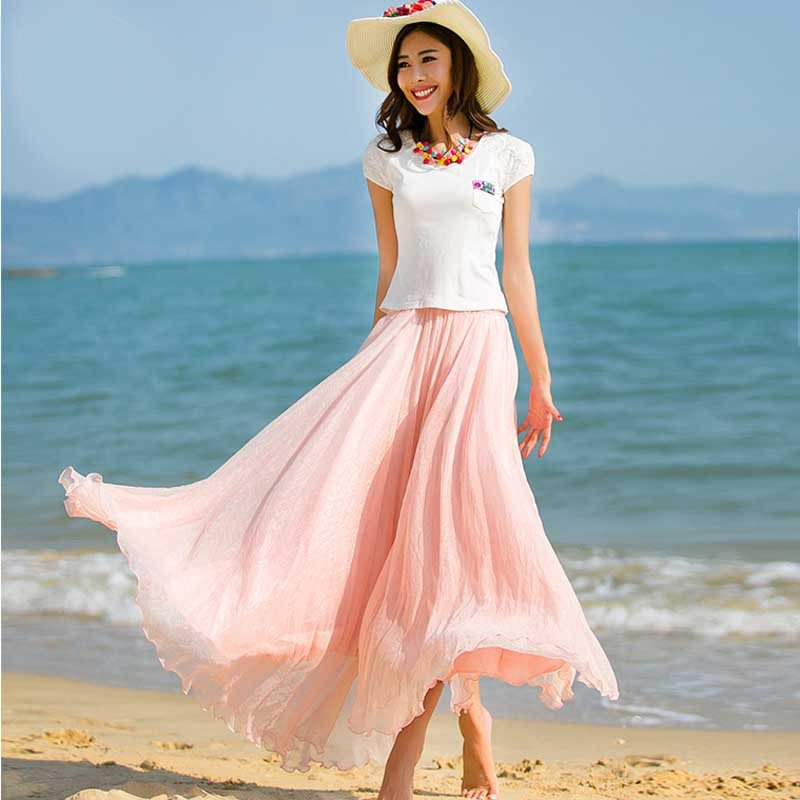 Нежно-розовая расклешённая юбка