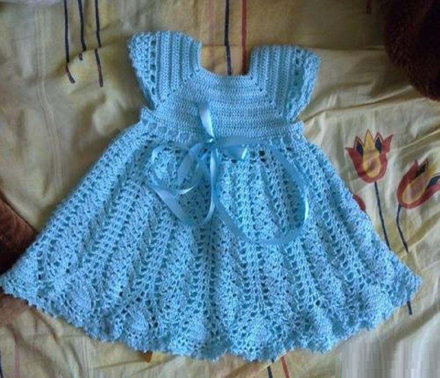 нежно-голубое новогоднее платье