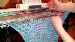 Особенности работы с вязаной машиной