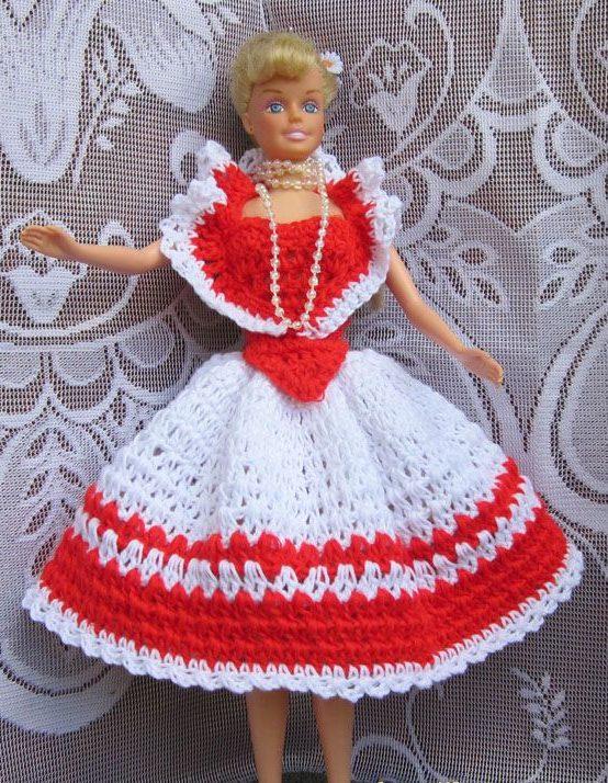 Бело-красное платье Барби 1