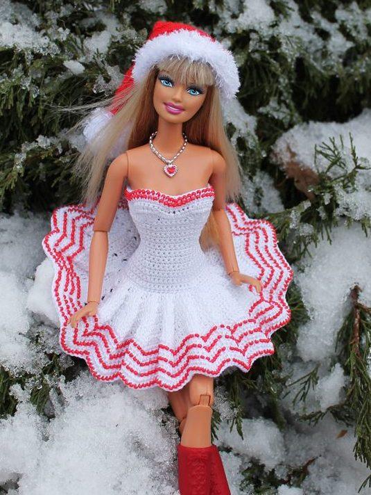 Бело-красное платье Барби на Новый год