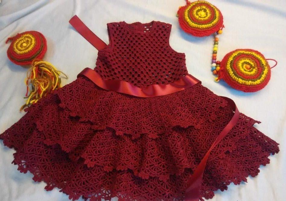 Бордовое детское платье