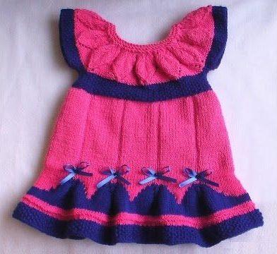 Розове платье с синими волнами