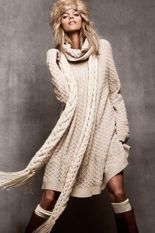 Зимнее вязаное платье оверсайз