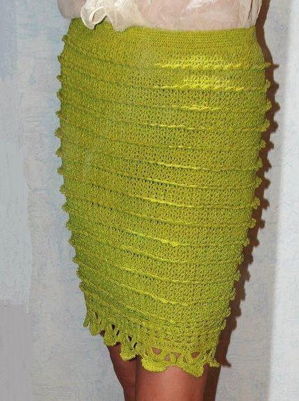 Салатная прямая юбка крючком