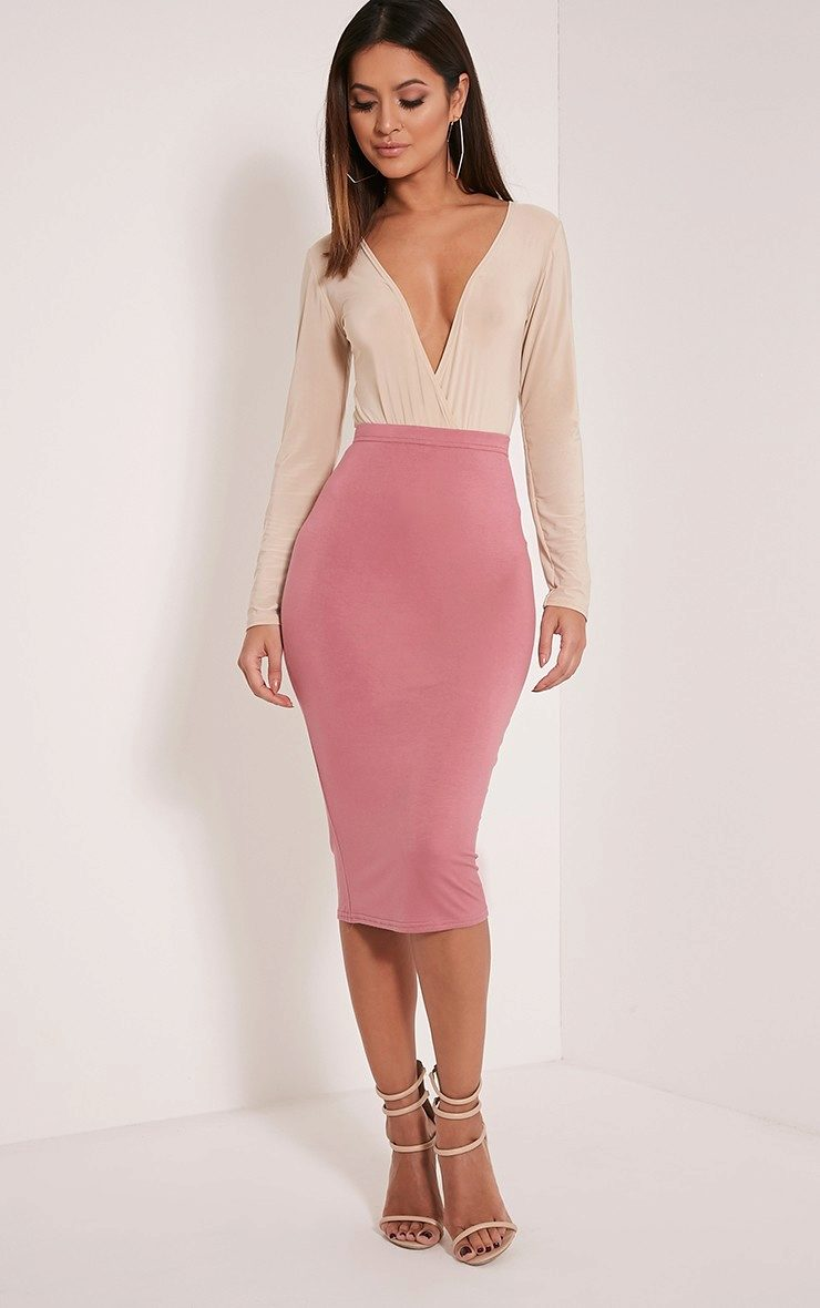 Розовая юбка-карандаш