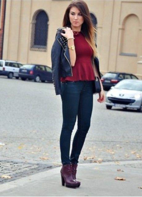 БОрдовые ботильоны на каблуках с джинсами