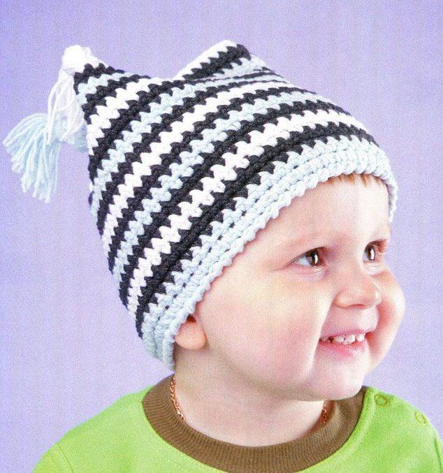 зимняя теплая шапка для мальчика черно-белая