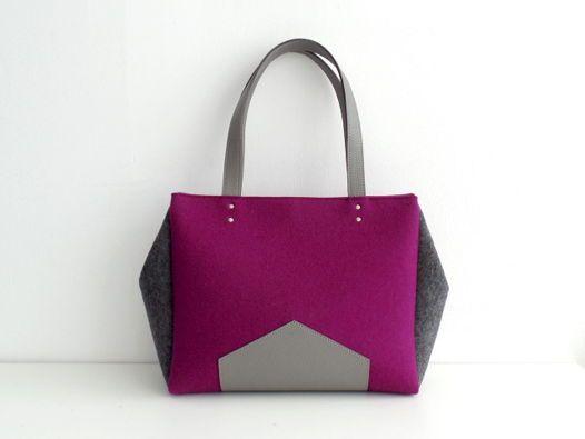 Комбинированные сумки из фетра бордо