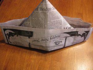 треуголка из бумаги