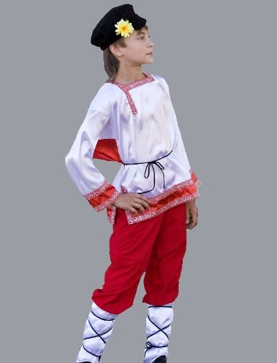 Картуз в народном костюме