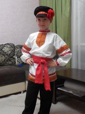 Народный костюм с картузом