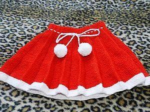 Бело-красная юбка плиссе