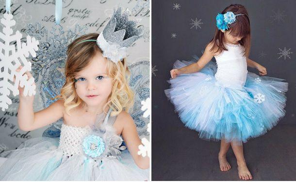 Снежинки на голубое платье