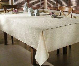 из какой ткани сшить скатерть на стол