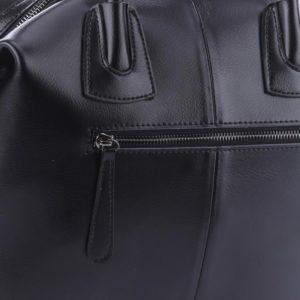 композиционная кожа в сумке