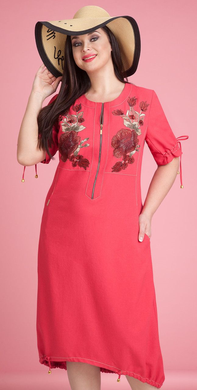 Красное платье с вышивкой 1