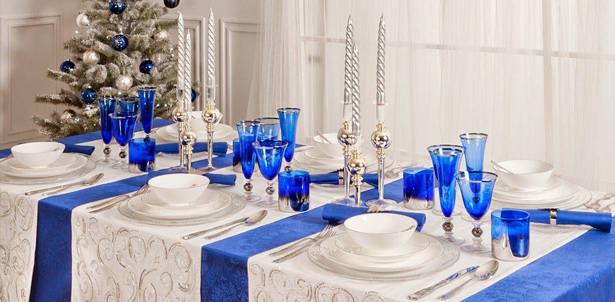 Синий раннер на новогоднюю скатерть