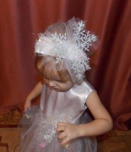 снежинки на детское платье