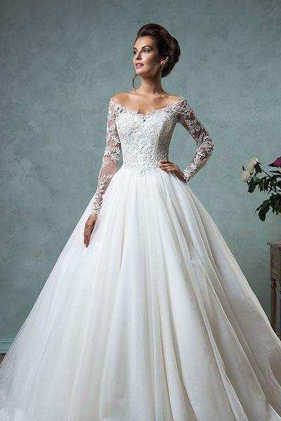 Свадебное платье полуприлегающее
