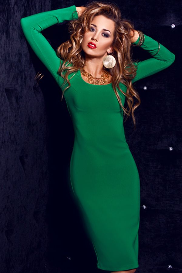 зеленое платье футляр из трикотажа