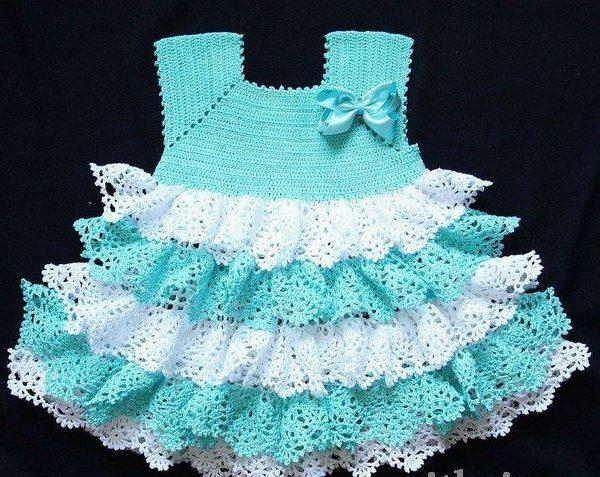 Воздушное бело-салатное новогоднее платье
