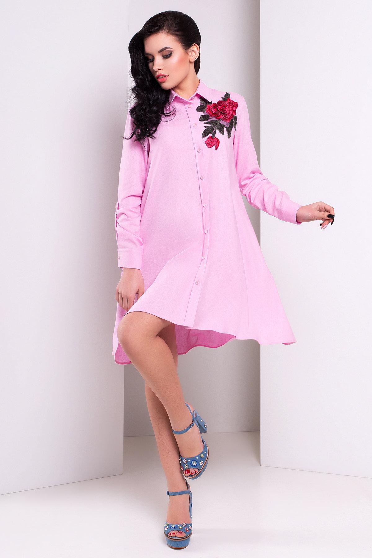 Нежно-розовое платье А-силуэт