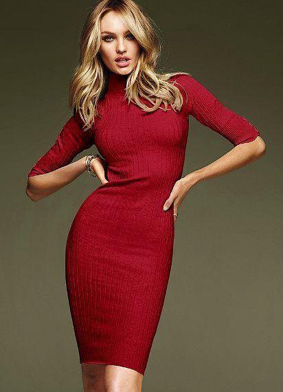 Красная платье водолазка