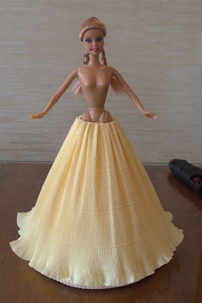 Юбка желтая из гофрированной бумаги для куклы