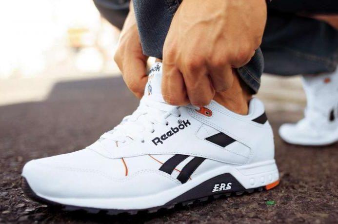 Примериваем кроссовки
