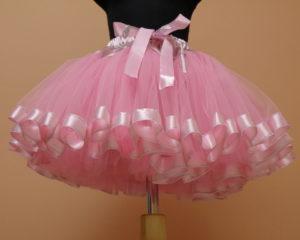розовая юбка из органзы