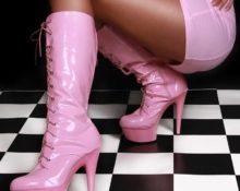 розовые сапоги 6