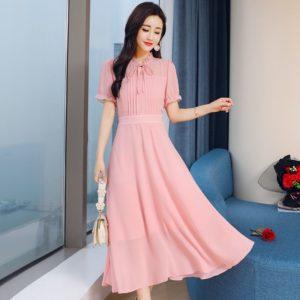 розовое длинное платье из шифона