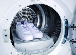 как постирать кожаные кроссовки в стиральной машине