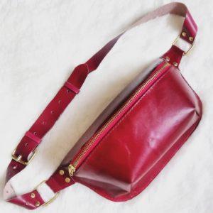 Красная сумка бананка банан