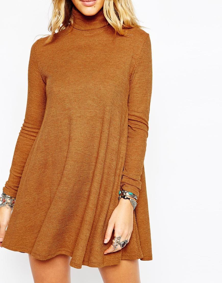 вязаное мини-платье из трикотажа