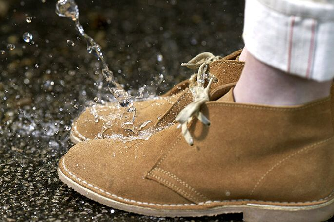 Замшевая обувь и вода