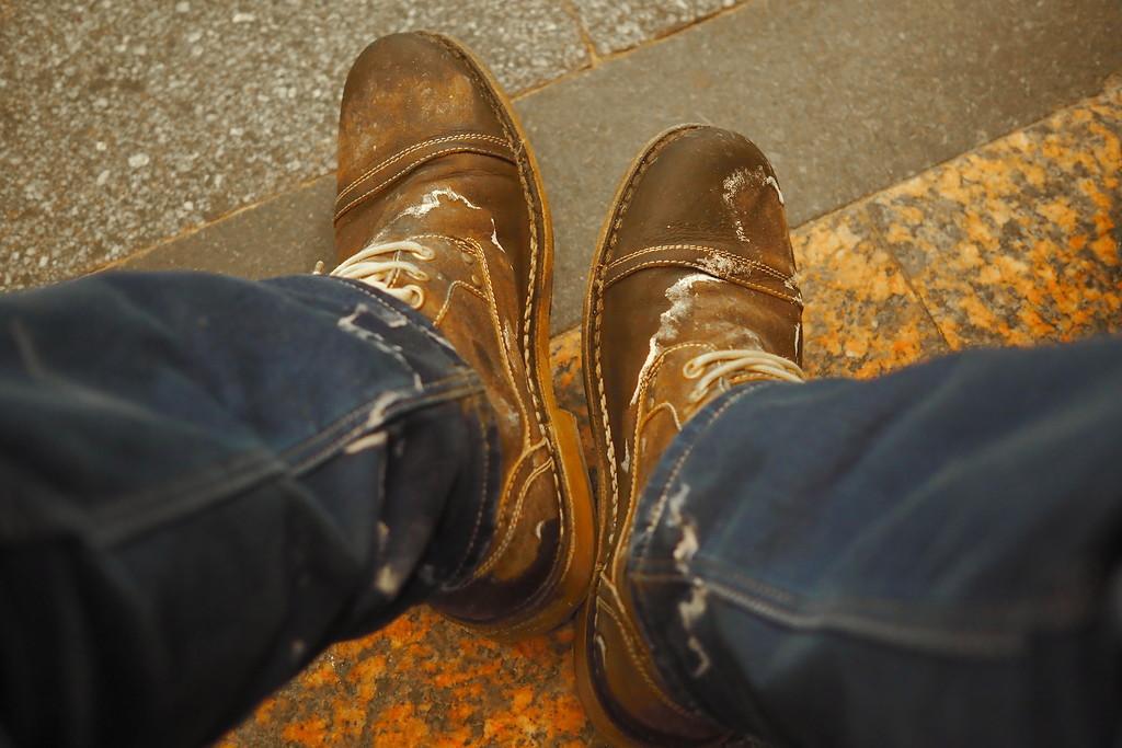 причины появления соли на замшевой обуви