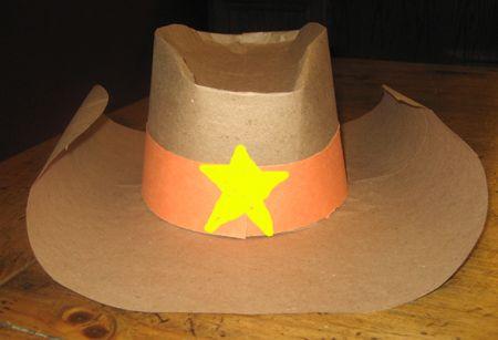 шляпа из бумаги