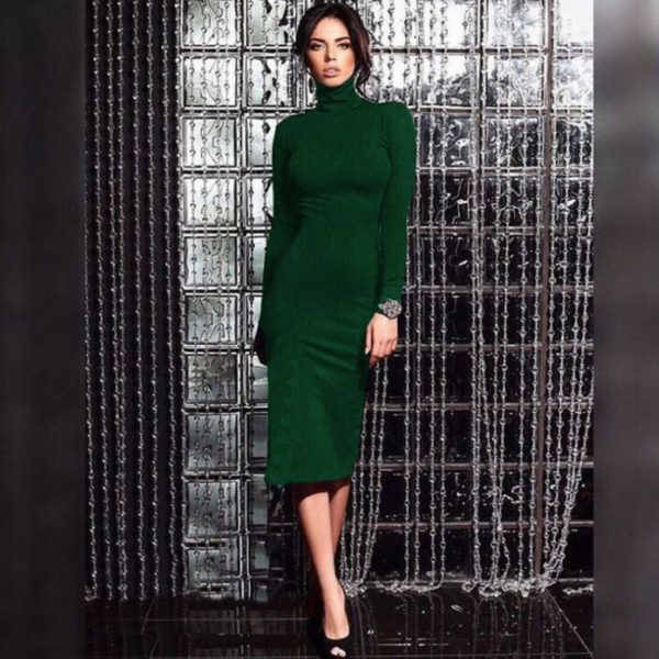 шерстяное платье-водолазка