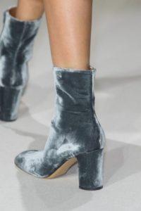ботинки из велюра