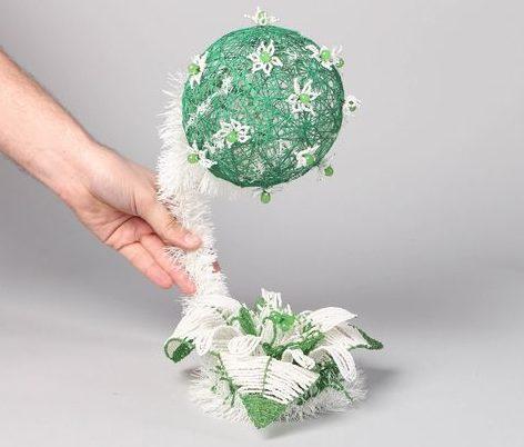 Что сделать из ниток - шар дерево счастья