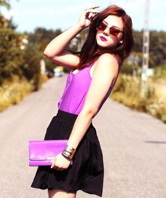 Фиолетовая сумка клатч