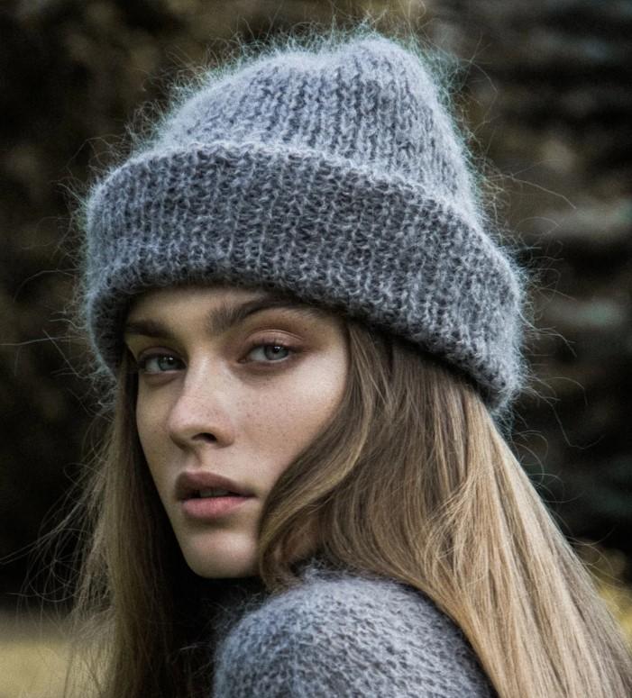 Мохер серая шапка