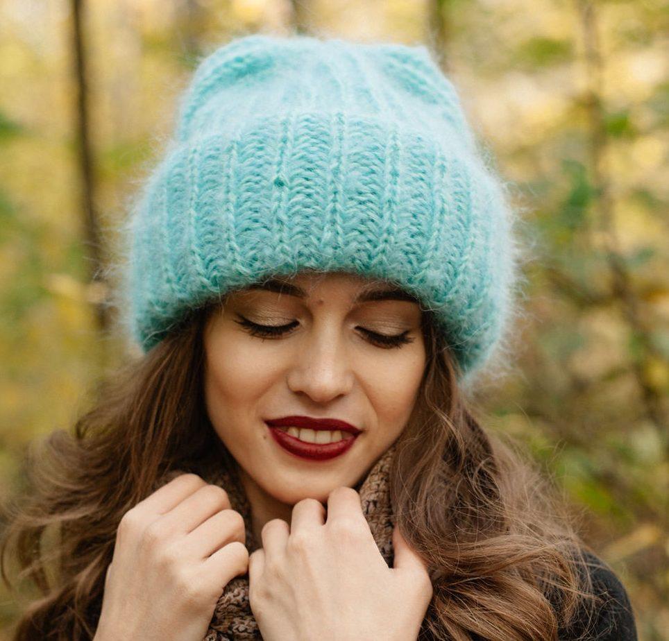 Мохер шапка светло-зеленая