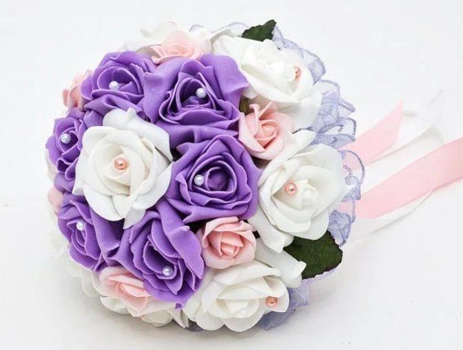 Розы из атласных лент свадебный букет