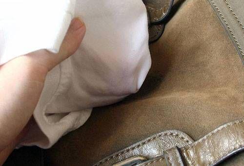 чистки замшевой сумки бензином