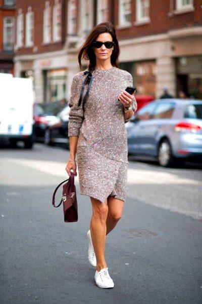 прямое шерстяное платье
