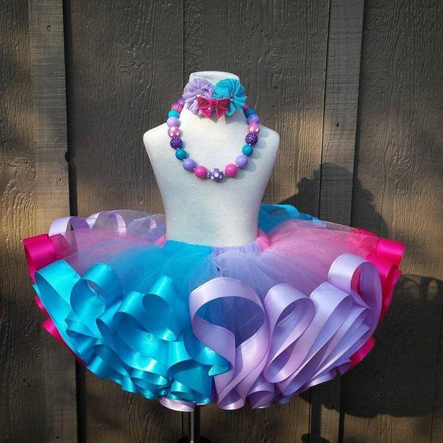 фатиновая юбка подшитая летами атласа