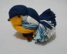 синичка из ниток
